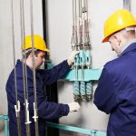 Необходимость сервисного и технического обслуживания лифтов