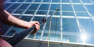 Какие инструменты используются для мойки фасадов зданий