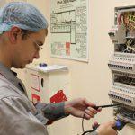 Какие методы используются для проведения электроизмерительных работ